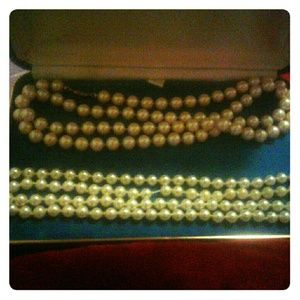 3 peice Authentic pearl set